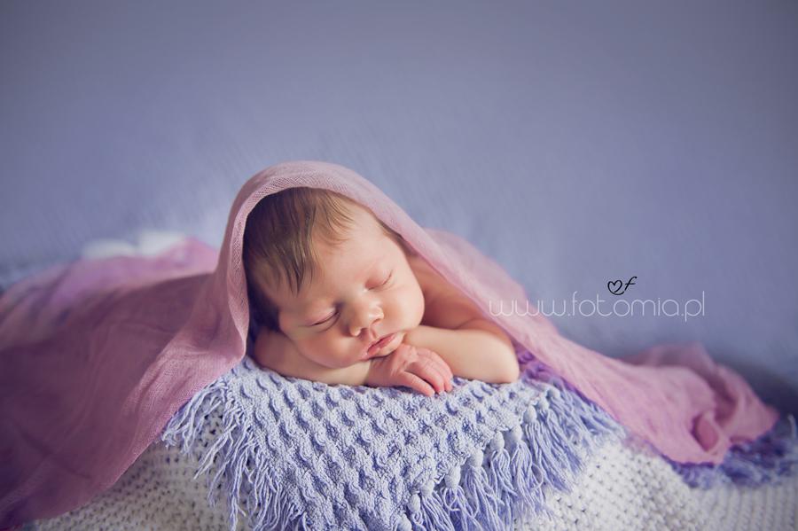 www.fotomia.pl fotografia noworodkowa